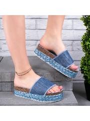 Papuci cu talpa groasa albastri Tugarsia
