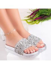 Papuci dama argintii Suhalia