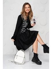 Rochie SunShine neagra din bumbac elastic cu volanase cu croi larg si imprimeuri grafice