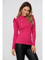 Bluza dama roz din bumbac reiat mulata cu volanase la umeri pe gat