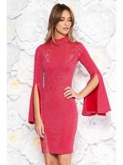 Rochie roz de party scurta din material lucios cu maneci clopot